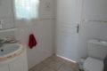 cabinet de toilette attenant à la chambre glycines